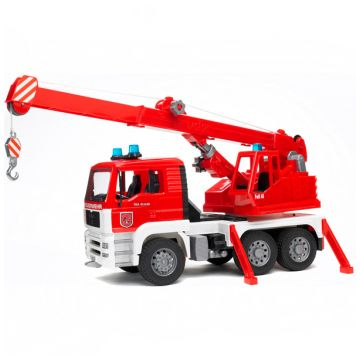 Игрушка BruderИгрушка Bruder Пожарная машина-автокран MAN (42 см) 02-770, объем, 200л., возраст с 3 лет<br><br>Объем, л.: 200<br>Возраст: с 3 лет