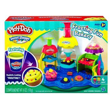 Игровой набор Play-dohИгровой набор Play-doh Фабрика пирожных A0318<br>
